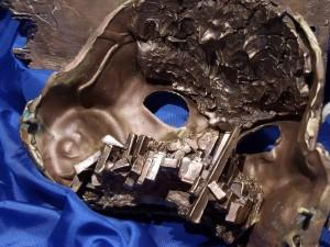detail of face with an allegory of the contemporary life/ DETTAGLIO DEL VOLTO CON UN'ALLEGORIA DELLA VITA CONTEMPORANEA